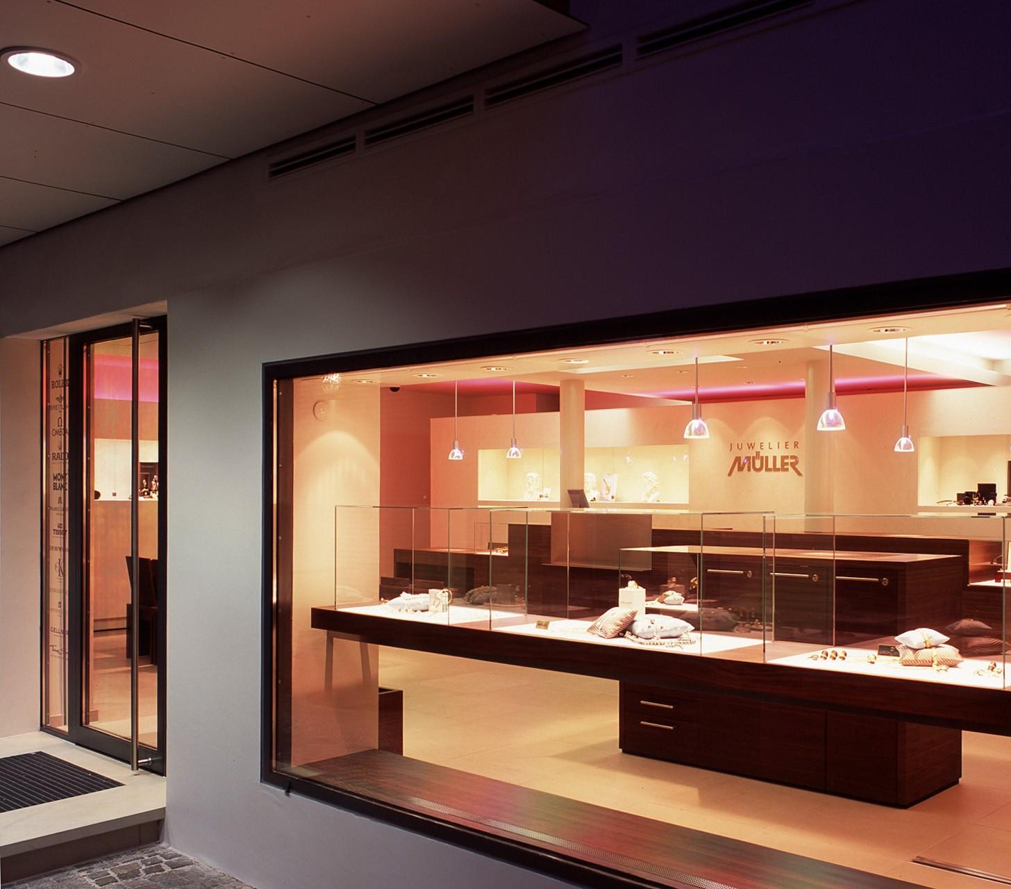 architektur-plus-raum-juwelier-mueller-10_Katego-header-1