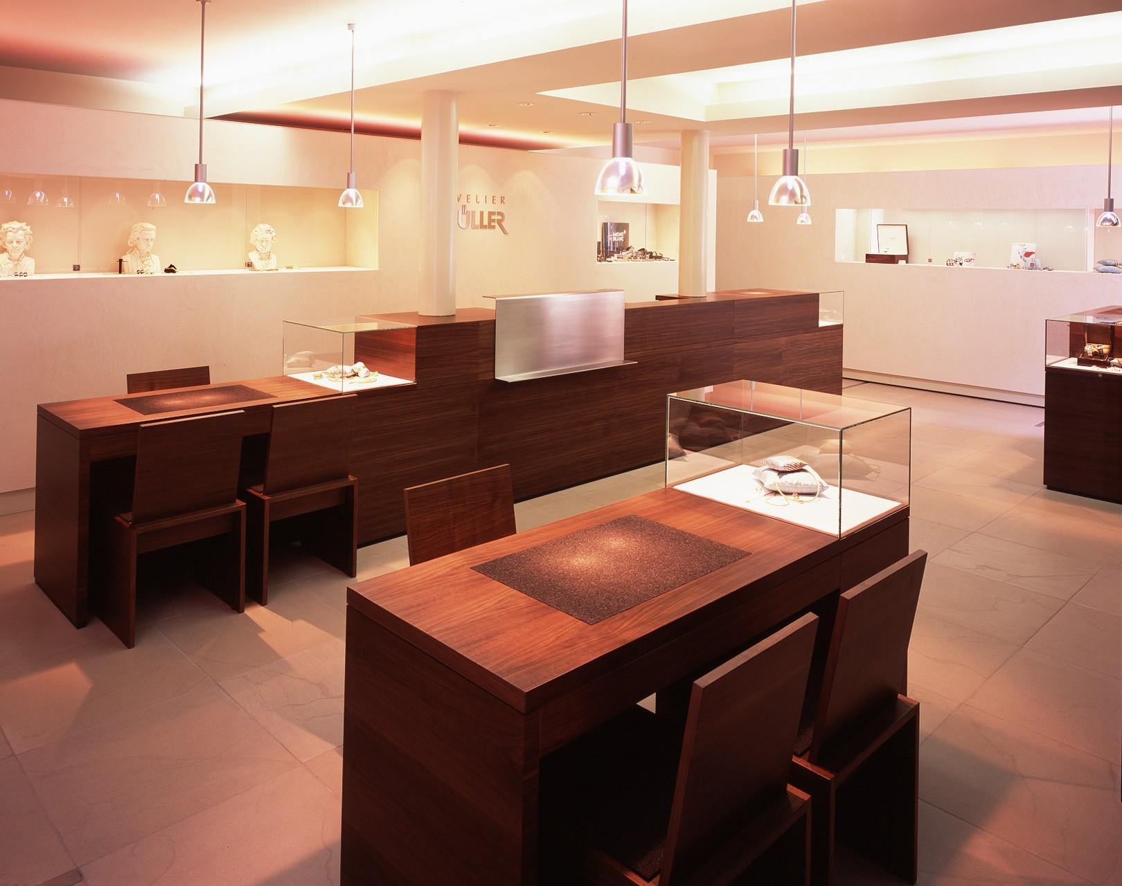 architektur-plus-raum-juwelier-mueller-10_Katego-header-4