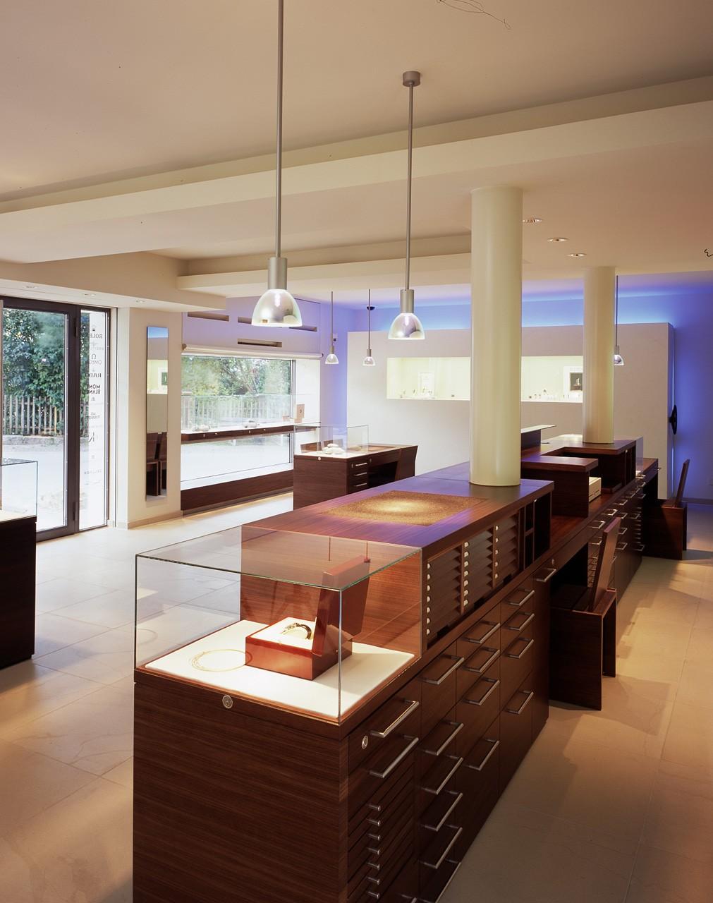 architektur-plus-raum-juwelier-mueller-10_Katego-header-5