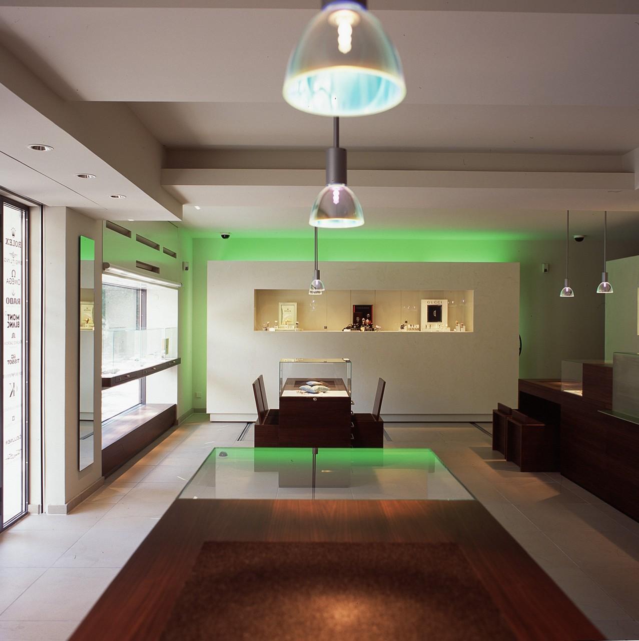architektur-plus-raum-juwelier-mueller-10_Katego-header-6