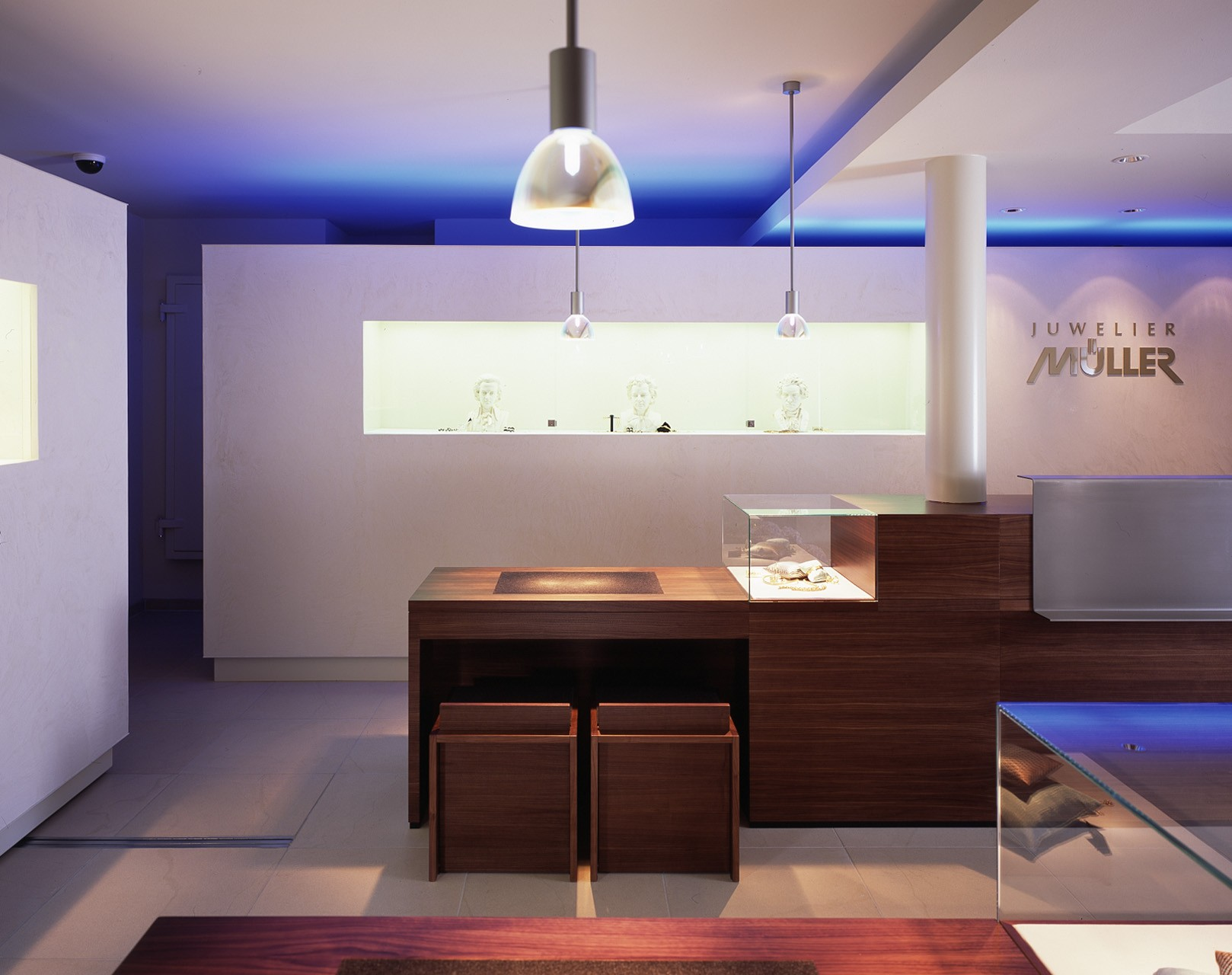 architektur-plus-raum-juwelier-mueller-10_Katego-header-8