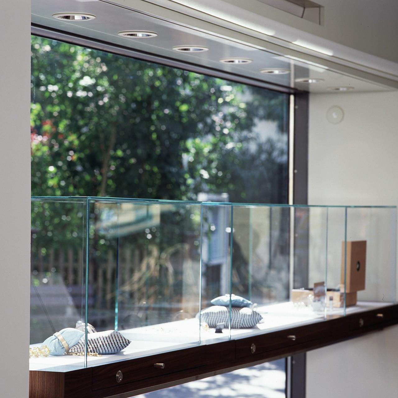 architektur-plus-raum-juwelier-mueller-10_Katego-header-9